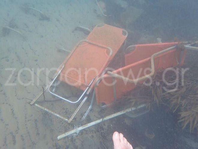 Κρήτη: Γέμισε ομπρέλες και ξαπλώστρες ο βυθός της θάλασσας