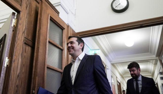 Ο Αλέξης Τσίπρας προσέρχεται στο υπουργικό συμβούλιο