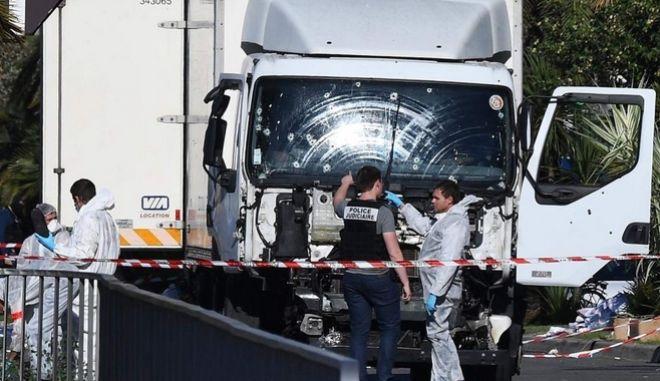 Επίθεση στη Νίκαια: Προσπάθησε το υπουργείο εσωτερικών να παραποιήσει την αναφορά της αστυνομίας;