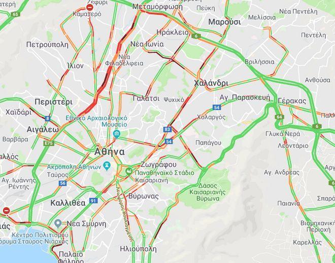Κίνηση στους δρόμους: Πού είναι αυξημένη και χρειάζεται προσοχή