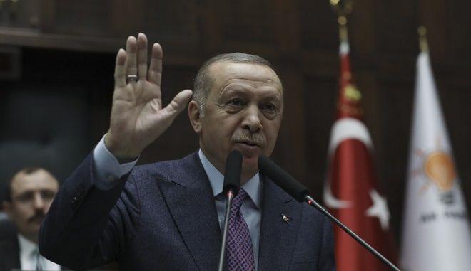 Ο Τούρκος πρόεδρος Ρετζέπ Ταγίπ Ερντογάν μιλά για την κατάσταση στη Συρία