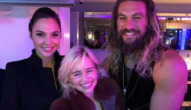 Ηρωϊκές selfie: Η Wonder Woman επανένωσε την Daenerys και τον Kahl Drogo