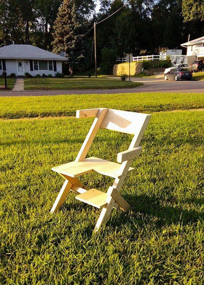 Έφτιαξε μια αμφισεξουαλική καρέκλα για την κόρη του και το ίντερνετ τον λάτρεψε