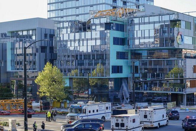 Ο γερανός λειτουργούσε στο εργοτάξιο ενός νέου συγκροτήματος πολλών κτιρίων που κατασκευάζεται από την Google