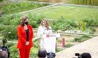 H Γιολάντα Ντίαθ μιλά σε εκδήλωση στη Βαρκελώνη