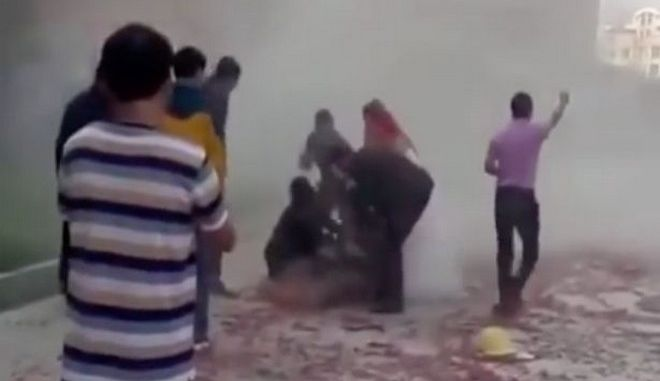 Βίντεο: Ήθελαν να κάνουν πλάκα και παραλίγο να σκοτώσουν τον γαμπρό