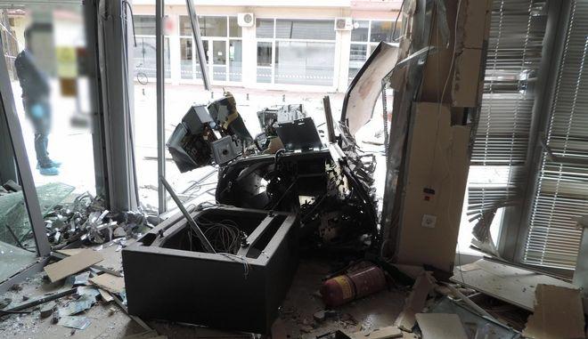 """Α.Τ.Μ. τραπεζών, μετά την πρόκληση έκρηξης, γνωστή και ως μέθοδος """"PLOFKRAAK"""""""