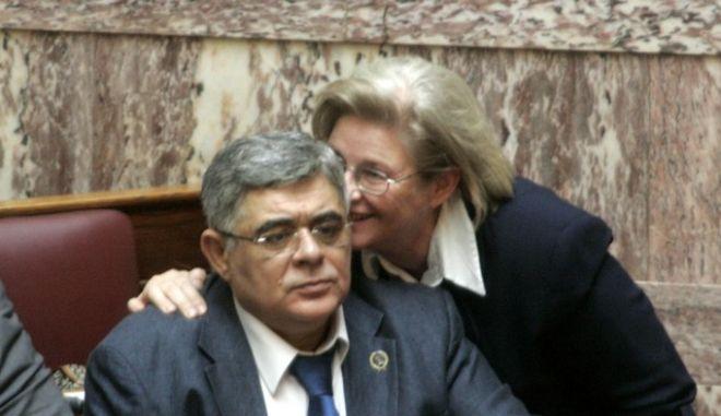 Συζήτηση στην Βουλή για τα συμπληρωματικά αιτήματα για εκ νέου άρση της ασυλίας του αρχηγού της Χρυσής Αυγής Νίκου Μιχαλολιάκου και των βουλεευτών Χρήστου Παππά και Γιάννη Λαγού την Τετάρτη 4 Ιουνίου 2014. (EUROKINISSI/ΓΙΩΡΓΟΣ ΚΟΝΤΑΡΙΝΗΣ)