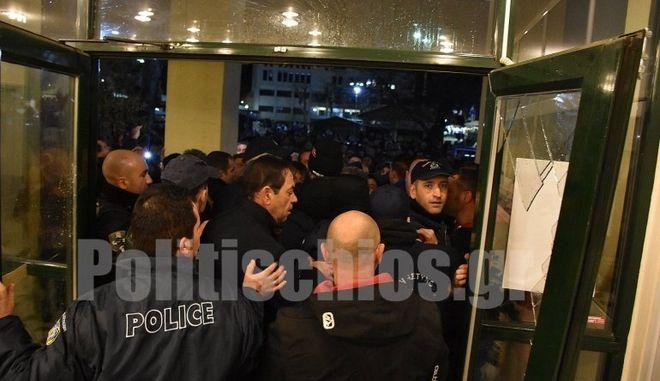 Επεισόδια στη Χίο: Σύλληψη 45χρονου - Αναζητείται 32χρονος