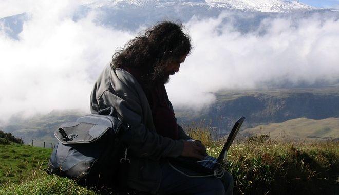 Γρήγορο ίντερνετ σε 5.100 αγροτικές και νησιωτικές περιοχές