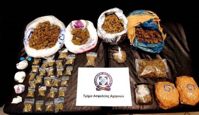 Σπείρα προμήθευε με ναρκωτικά μαθητές σε σχολεία των Δυτικών και Βορείων Προαστίων
