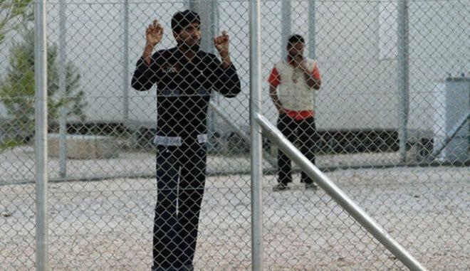 Απόδραση τριών αλλοδαπών από το κέντρο κράτησης της Κορίνθου