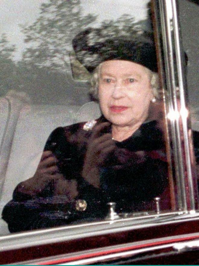 Η Βασίλισσα Ελισάβετ μετά τα δυσάρεστα νέα