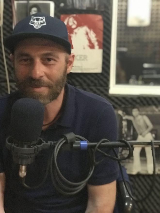 Ο Βαγγέλης μίλησε για την εμπειρία του στο ραδιόφωνο Πρακτορείο FM