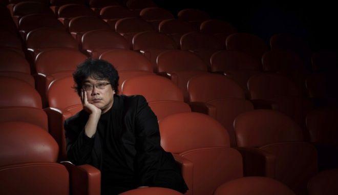 """Ο σκηνοθέτης της ταινίας """"Τα Παράσιτα"""" Μπονγκ Τζουν –χο"""