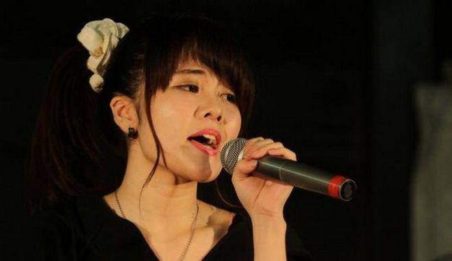 Γιαπωνέζα ποπ σταρ - σύμβολο αθωότητας μένει έγκυος στα 18 από τον ατζέντη της