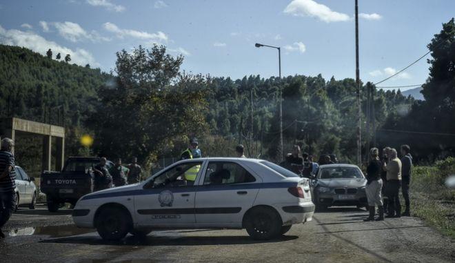 """Αστυνομικά κλιμάκια στο Μαντούδι μετά το πέρασμα του μεσογειακού κυκλώνα """"Ζορμπά"""""""