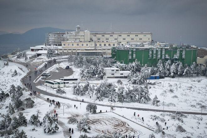 Παιχνίδια στο χιόνι στην Πάρνηθα