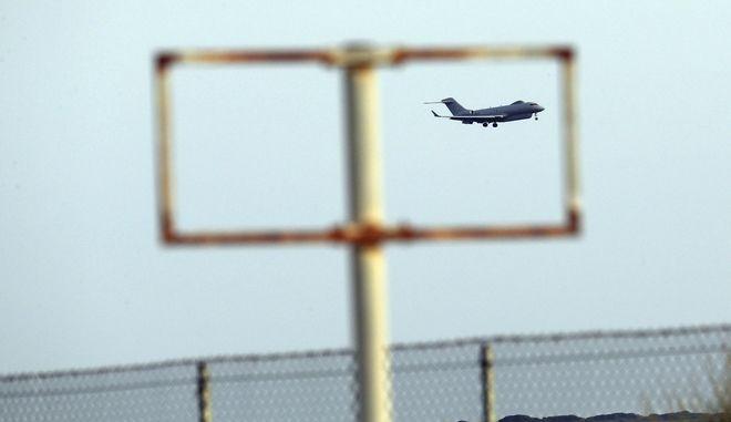 Αεροσκάφος της Βασιλικής Αεροπορίας απογειώνεται από τη βάση στο Ακρωτήρι, κοντά στη Λεμεσό