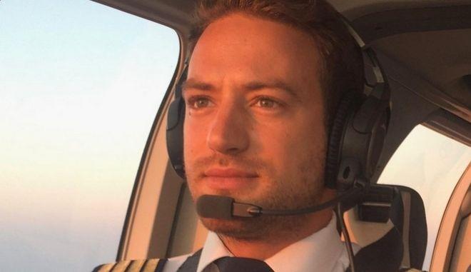 Γλυκά Νερά: Ομολόγησε την δολοφονία της Καρολάιν ο πιλότος - Ήθελε να φύγει από το σπίτι με το παιδί