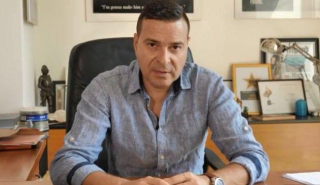 O δημοσιογράφος, Σλάβι Ανγκέλοφ, που δέχτηκε επίθεση στις 17 Μαρτίου