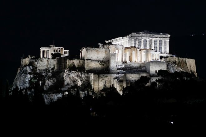 Εκδήλωση παρουσίασης του νέου φωτισμού της Ακρόπολης παρουσια της Προέδρου της Δημοκρατίας Κατερίνας Σακελλαροπουλου και του Πρωθυπουργου Κυριακου Μητσοτακη (EUROKINISSI/ ΓΙΩΡΓΟΣ ΚΟΝΤΑΡΙΝΗΣ)