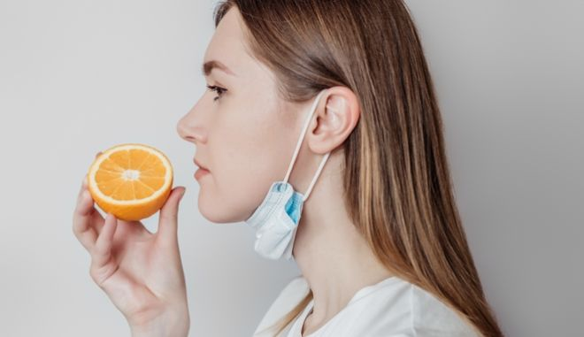 Κορονοϊός: Μετά την απώλεια όσφρησης ακολουθούν  ανεξήγητες οσμές