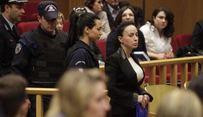 Ενώπιον του Τριμελούς Εφετείου Κακουργημάτων, άρχισε την Δευτέρα 22 Απριλίου 2013, η δίκη του Άκη Τσοχατζόπουλου και των 18 συγκατηγορουμένων του για το αδίκημα της νομιμοποίησης εσόδων από εγκληματική δραστηριότητα και της διακίνησης παράνομου χρήματος από «μίζες» εξοπλιστικών προγραμμάτων. Στο στιγμιότυπο η Βίκυ Σταμάτη. (EUROKINISSI/ΓΕΩΡΓΙΑ ΠΑΝΑΓΟΠΟΥΛΟΥ)