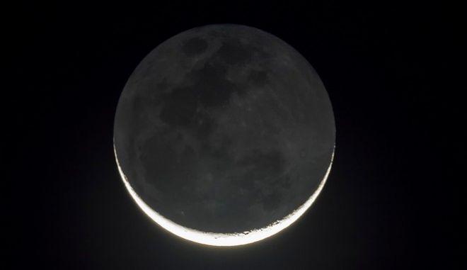 Μαύρο Φεγγάρι