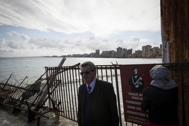 Ceremony for the blessing of the waters during the celebration of the Epiphany Day in the occupied town of Famagusta  for the first time after 42 years , in Cyprus  on January 6, 2016 /         ,      42 ,   ,  6 , 2016