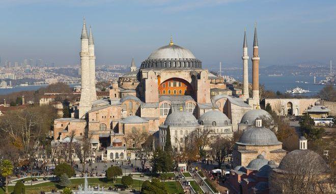 Η Αγία Σοφία στην Κωνσταντινούπολη