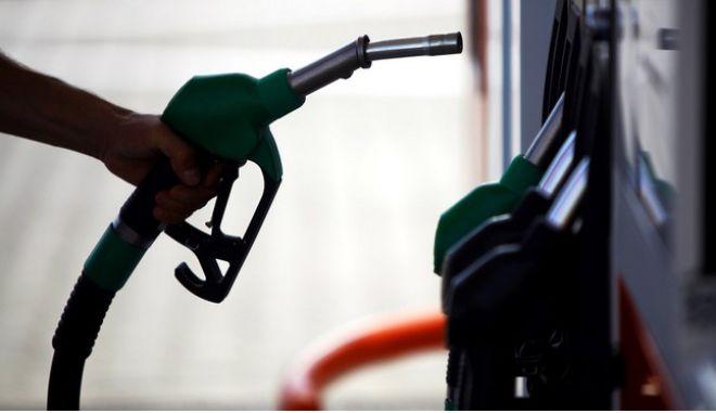 Προειδοποίηση για πλαφόν μετά την εκτόξευση τιμών στα καύσιμα