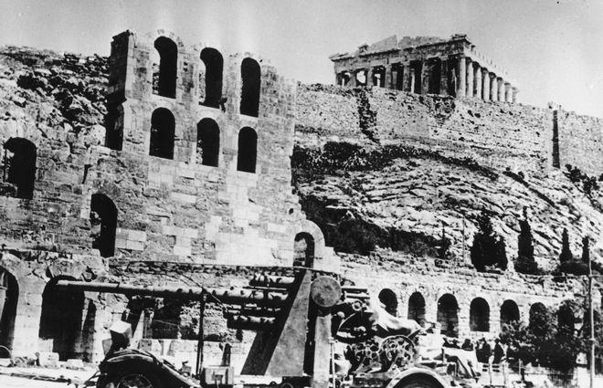 27 Απριλίου 1941: Οι ναζί καταλαμβάνουν την Αθήνα