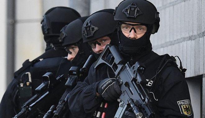 Τρεις συλλήψεις για τρομοκρατία στο Βερολίνο