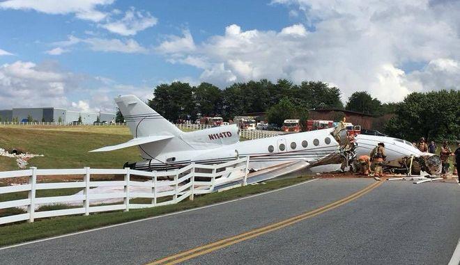 Ιδιωτικό αεροσκάφος βγήκε εκτός διαδρόμου