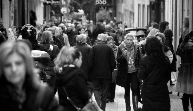 """Μια οικονομική δημοκρατία """"διανοείται"""" στο νέο βιβλίο του ο Γιάνης Βαρουφάκης"""