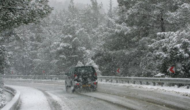 Διακόπηκε η κυκλοφορία λόγω παγετού στο Πόρτο Γερμενό