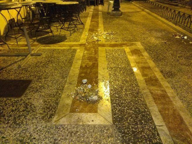 Επεισόδια και συμπλοκές μεταξύ οπαδών σε καφετέρια στο Μοσχάτο - 3 τραυματίες