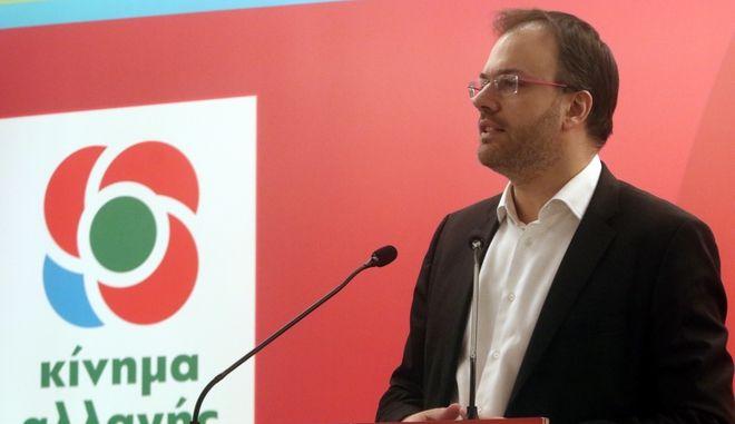 Ο Θανάσης Θεοχαρόπουλος σε συνεδρίαση της ΚΕ του ΚΙΝΑΛ