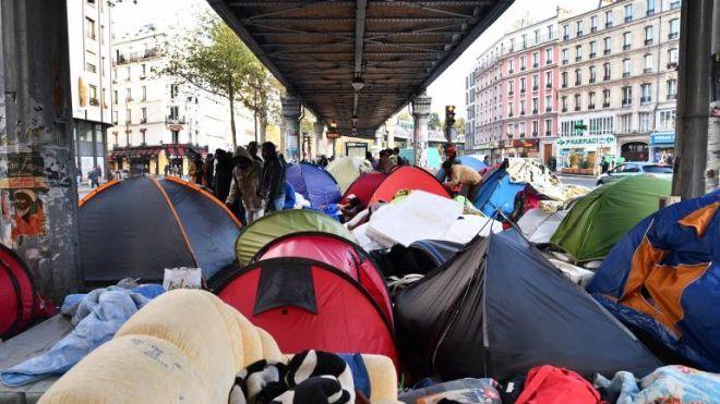 H 'Ζούγκλα' του Καλαί μεταφέρθηκε στο Παρίσι