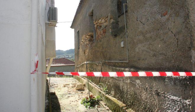 Ηλεία:Ζημιές απότον σεισμό των 5,2R στην περιοχή τηςΚρέστενας και στο δήμο Ανδρίτσαινας-Κρεστένων 15&16/2/2016 (eurokinissi-Γιάννης Σπυρούνης/ilialive.gr)