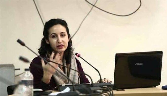 Η Μάριαμ Γκάνι ήταν εξόριστη από το Αφγανιστάν, έως το 2002 όταν ο πατέρας της άρχισε να δουλεύει για την κυβέρνηση. Γεννήθηκε και μεγάλωσε στις ΗΠΑ.