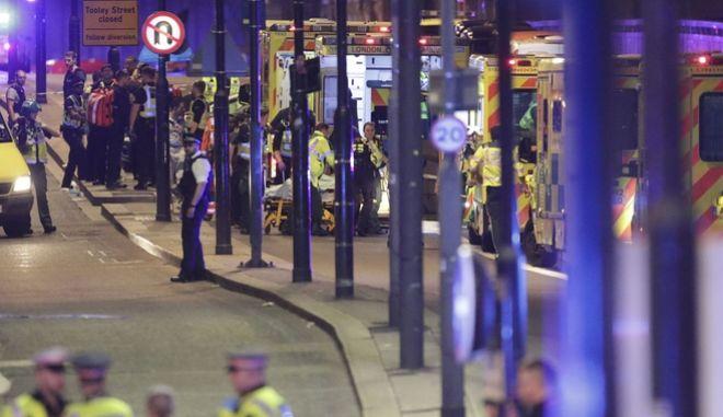Επίθεση στο Λονδίνο: Στο πλευρό της Βρετανίας η διεθνής κοινότητα