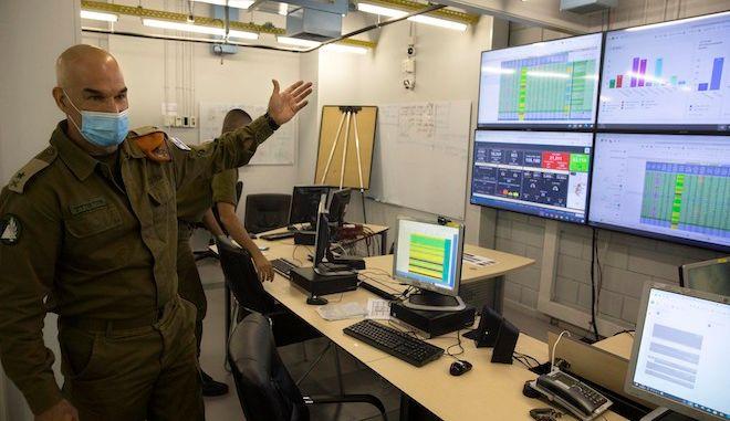 Ο Ισραηλινός στρατηγός, Ori Gordin, στην έδρα του Home Front Command, Κεντρικό Ισραήλ, 25 Αυγούστου 2020.