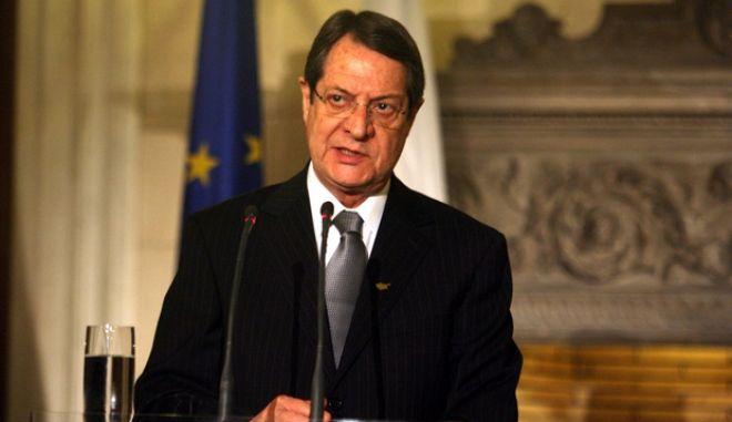 Δηλώσεις μετά την συνάντησή τους στο Μέγαρο Μαξίμου, του πρωθυπουργού Αντώνη Σαμαρά και τον Προέδρου της Κυπριακής Δημοκρατίας Νίκου Αναστασιάδη ο οποίος πραγματοποίησε εθιμοτυπική επίσκεψη στην Αθήνα την Δευτέρα 11 Μαρτίου 2013. (EUROKINISSI/ΤΑΤΙΑΝΑ ΜΠΟΛΑΡΗ)