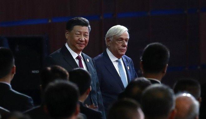 Ο Προκόπης Παυλόπουλος με τον Κινέζο Πρόεδρο Σι Τζινπίνγκ