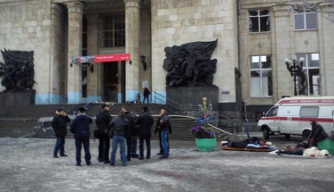 Γυναίκα - καμικάζι σκόρπισε τον θάνατο: Αιματηρή έκρηξη με 18 νεκρούς στη Ρωσία