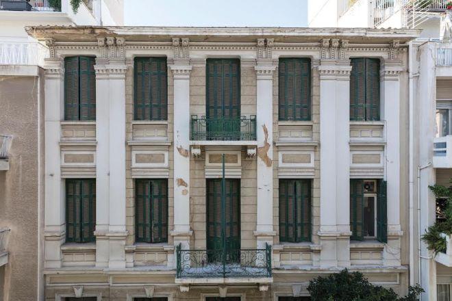 Το πριν και το μετά της ανακαίνισης του σπιτιού που έζησε ο Καζαντζάκης στην Αθήνα