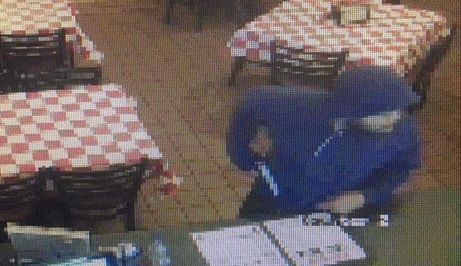 Θρασύτατη ληστεία σε κατάστημα της Greek's Pizzeria στις ΗΠΑ