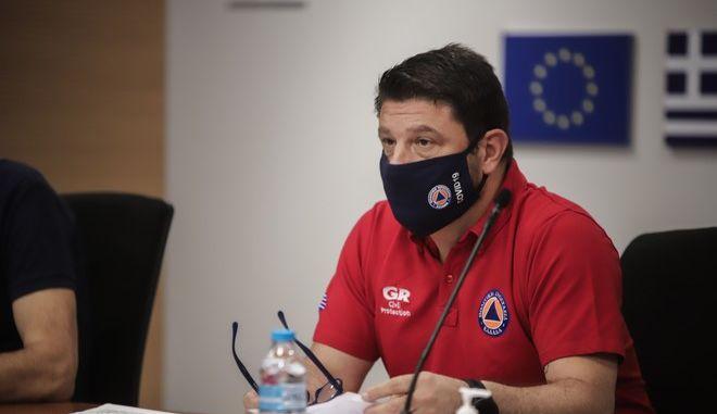 Ευρεία  σύσκεψη στο Κέντρο Επιχειρήσεων της Πολιτικής Προστασίας, για το συνεχή συντονισμό όλων των εμπλεκόμενων φορέων Πολιτικής Προστασίας, ενόψει του ακραίου καιρικού φαινομένου (Μεσογειακός Κυκλώνας Ιανός)